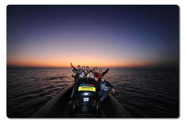 Jetski_by_night