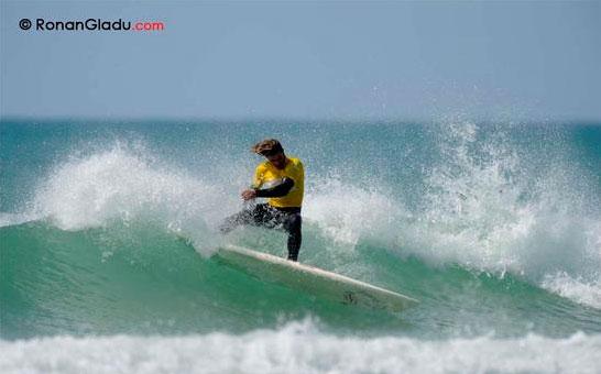 Caio_Vaz_brazilian_SUP_surfer