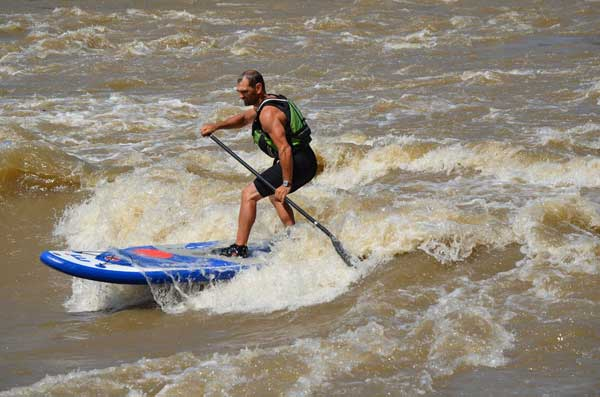River-SUP-Surf-Peter-Bartl-mistral