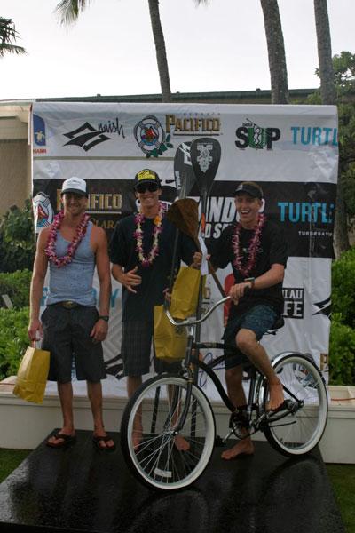 Connor-Baxter-gewinnt-ein-Fahrrad