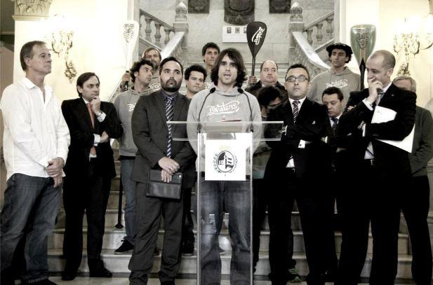 Pressekonverenz_in_Bilbao