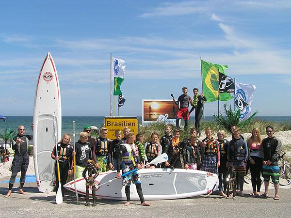 Wassersport-Brasilien,-SUP,-Gruppenfoto