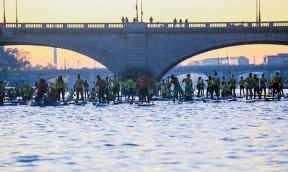 Paris NAUTIC  SUP Crossing mit Peter Bartl