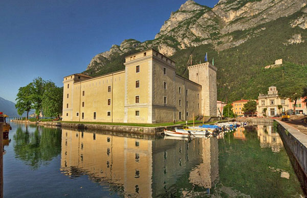 Rocca-di-Riva