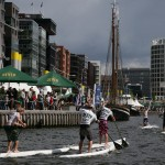 Profis paddeln am Jever SUP Worldcup