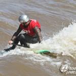 Surfen auf dem Fluss