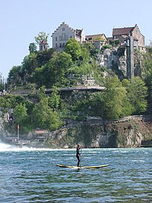 Stand Up Paddeln am Rheinfall
