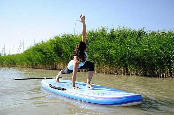 sup-yoga-mit-Julia-Tauber-und-starboard
